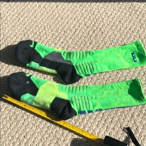 Nike Lebron Sri-fit socks; youth Large